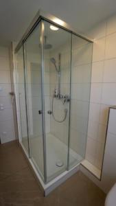 Rahmenlose Dusche3 Koegel Haustechnik Winnenden