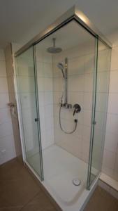 Rahmenlose Dusche Koegel Haustechnik Winnenden